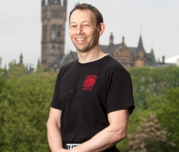 World Renowned Krav Maga Instructor, Neil Walton, visits Perth for a Street Knife Defence Seminar on Saturday 26th May 2012